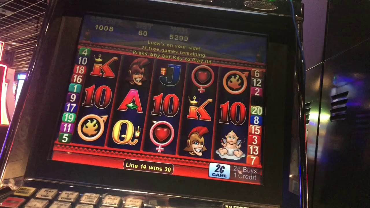 Love And War Slot Machine