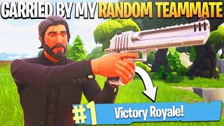 One of iTemp Plays's most viewed videos: My RANDOM TEAMMATE Carries Me to a Victory Royale! - PS4 Pro Fortnite BR Random Duos!