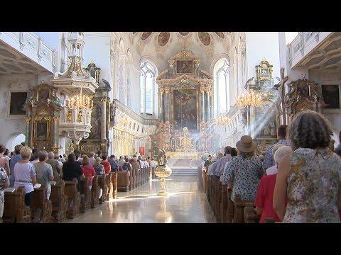 Renovierung in St. Peter in Dillingen - letzte Sonntagsmesse vor der Schließlung
