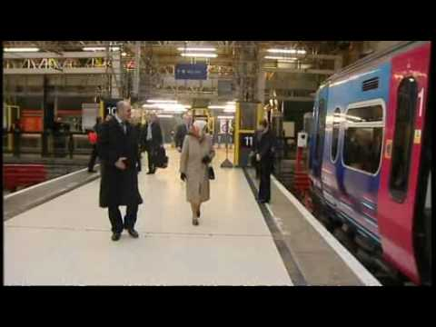 HM Queen Elizabeth II boarded on ORDINARY train