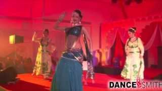 Dancesmith With Poppy Barman Mujra Bollywood Dance Troupe Groupe Delhi Item Dancer Western Sufi