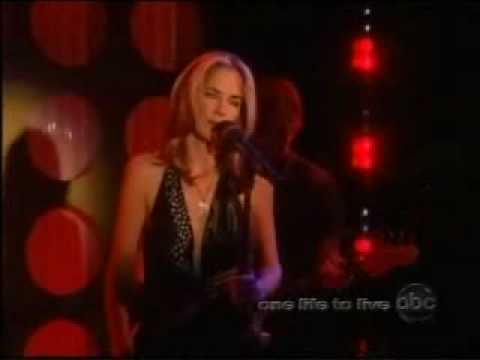 One Life to Live: Kassie DePaiva Performs at Capricorn