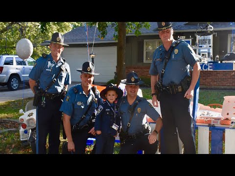6-Year-Old Boy Hands Out Doughnuts to 100 Officers to Say 'Thank You'