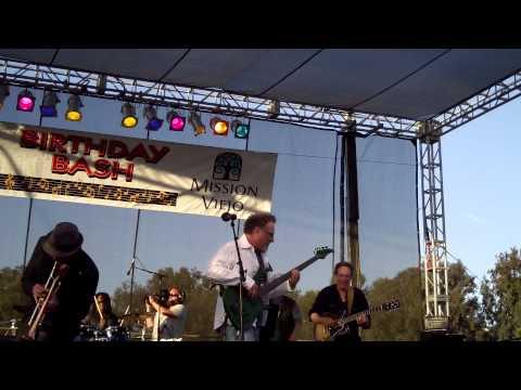Chameleon -Brian Bromberg (Smooth Jazz Family)
