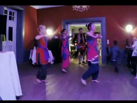 Bollywood Dance Gore Mukhde Pe