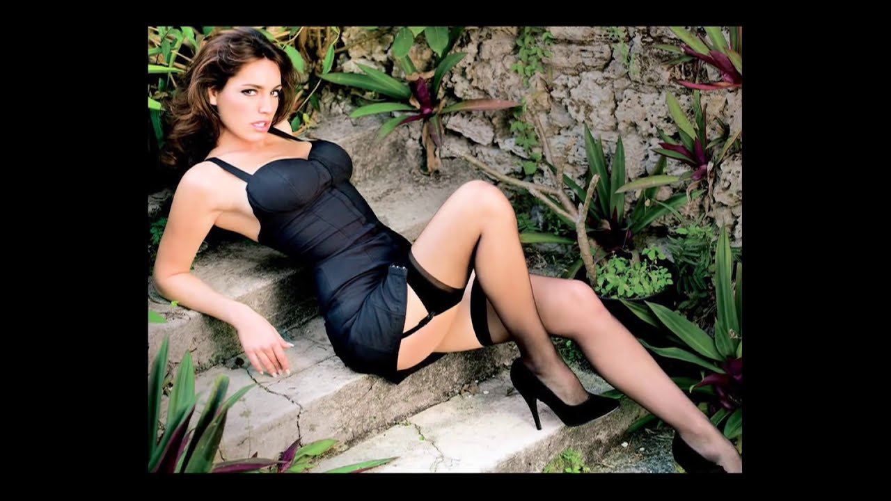 Kelly Lebrock Celebrity Fit Club