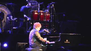 Elton John & Ray Cooper - Funeral For A Friend / Tonight