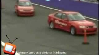 LOS MEJORES PILOTOS DEL MUNDO - Sorprendentes Maniobras Con 2 Carros!!