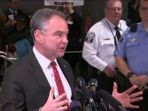 Sen. Kaine Thanks Demonstrators at Va. Airport
