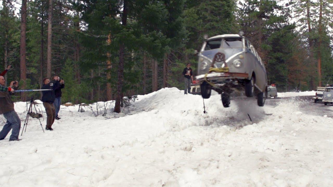 VW Bus Snow Jump - Lou Verrilli - Flying Pamper - Shasta Snow Trip 2013 - YouTube