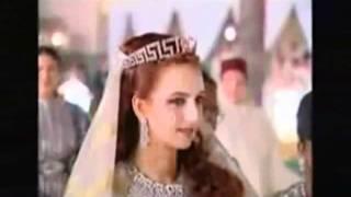 Video Le mariage de Mohamed 6.flv download MP3, 3GP, MP4, WEBM, AVI, FLV Agustus 2018