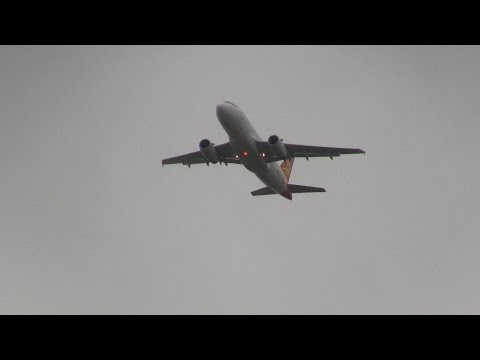 Capital Airlines ► Airbus A319-100 ► Takeoff ✈ Auckland Airport