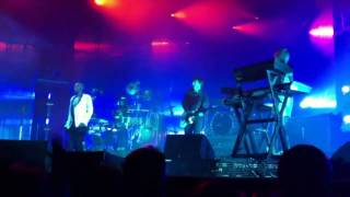 Faithless - All Races + God Is A DJ [HD + HQ] Live 26 11 2010 Ahoy Rotterdam Netherlands