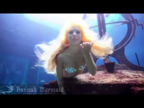 Hannah mermaid performs at atlantis resort youtube - Prenom hannah ...