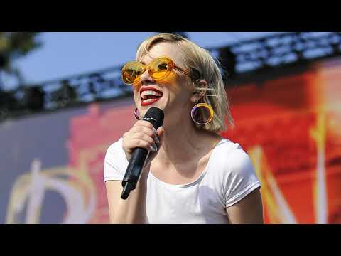 carly-rae-jepsen---party-for-one-(chipmunk)