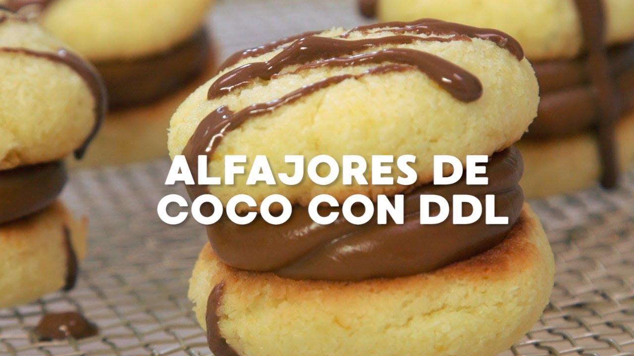 """""""Alfajores de coco con dulce de leche"""" ¡Una pasión argentina!"""
