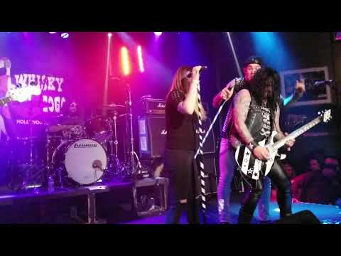 Quiet Riot Come on feel the Noise  Dubrow singing the Whisky