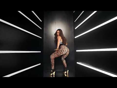 Little Square UBitchU - Snoop Doog feat Anitta