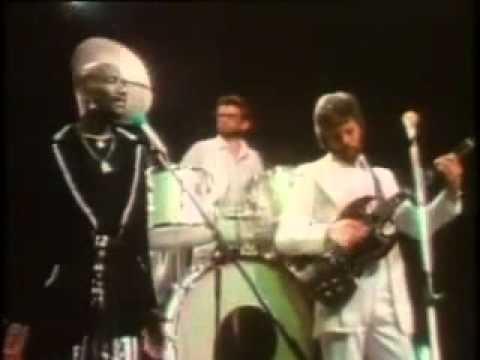 Hot Chocolate   Man To Man 1976 with lyrics