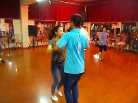 Học khiêu vũ điệu BACHATA cơ bản LỚP DANCESPORT THẦY VIỆT