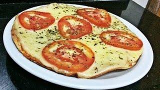 Receita de massa de pizza crocante e sem fermento