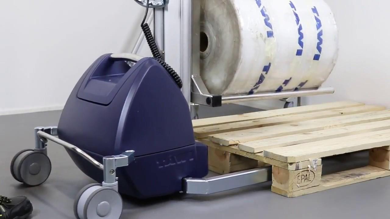 Carretilla elevadora para manipular bobinas con horquillas tubulares