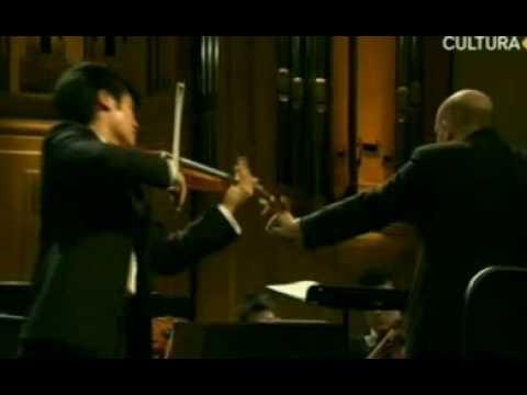 Ray Chen | Mendelssohn Violin Concerto | 1st Mvt | Queen Elisabeth | 2 of 2 | 2009