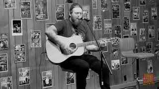 Download Mp3 1029 The Buzz Acoustic Sessions: Asking Alexandria - Moving On