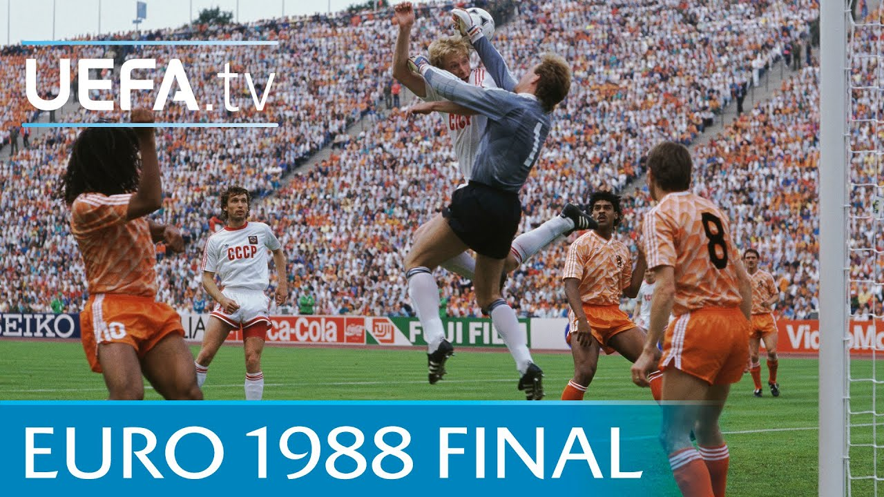 Download Netherlands v Soviet Union: 1988 UEFA European Championship final highlights