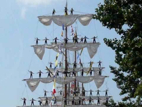 "Sailors on masts of ""Cuauhtemoc""  from Mexico in Szczecin"