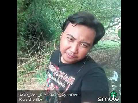 SMULE HELLOWEEN RIDE THE SKY COVER AOR_Vee_RIP VS AOR_ayahderis