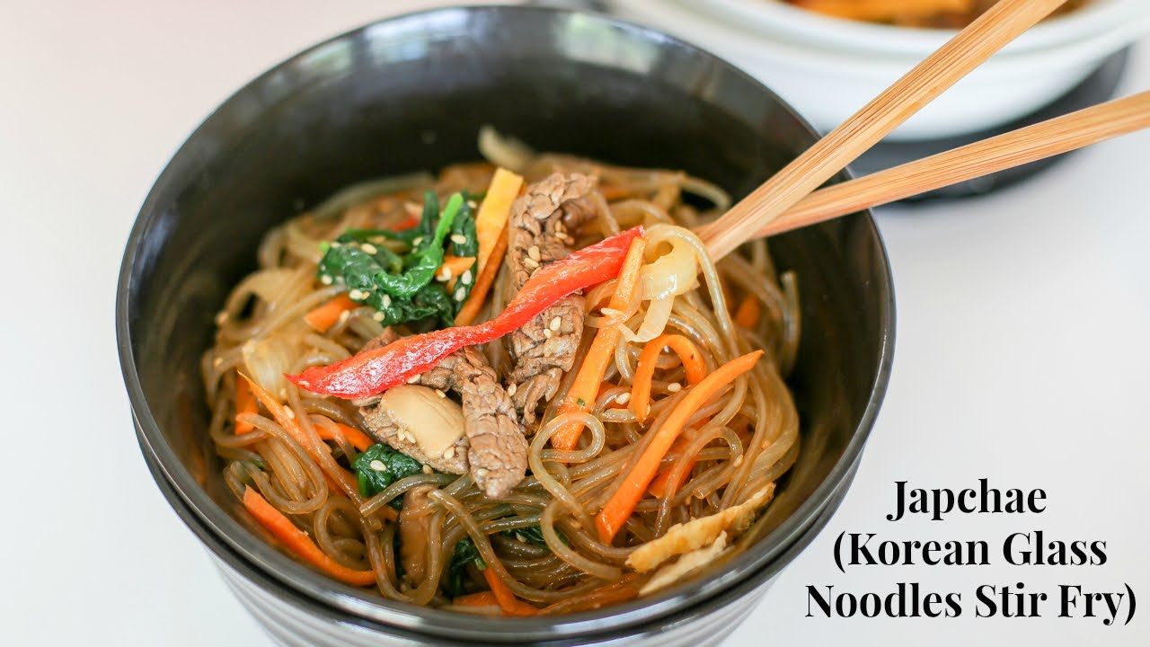 Japchae Korean Glass Noodles Stir Fry 잡채 Youtube
