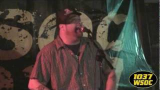 "103.7 WSOC: Uncle Kracker sings ""Drift Away"""