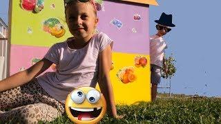 УКРАШАЕМ детский домик, играем весело с бомбочками