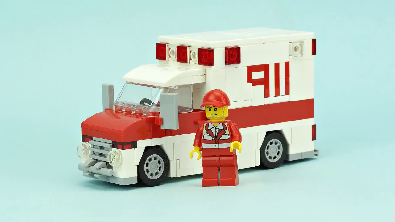 LEGO Ambulance MOC Building Instructions