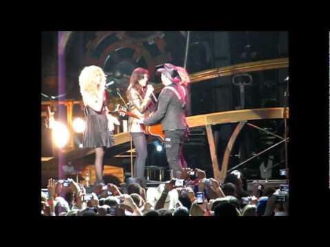 Everyday America Remix - Sugarland & Little Big Town in San Antonio, Texas 5.27.11