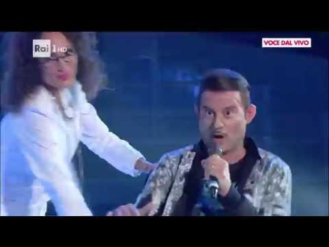 Fabio Rovazzi - Enrico Papi canta