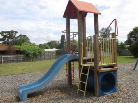 Mountainview Drive Playground, Stratford