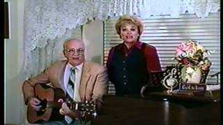 Country Gospel Song - Plenty Of Room In The Family