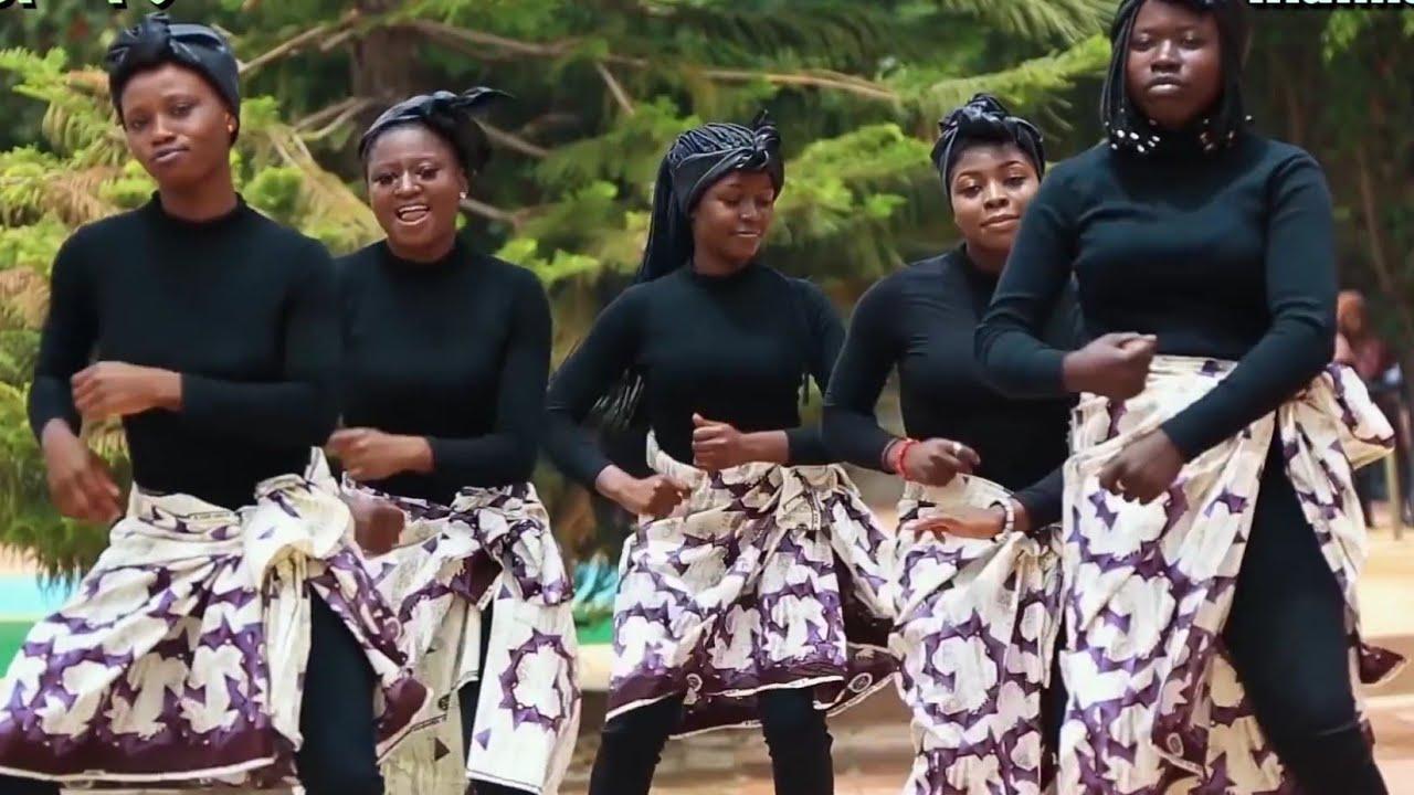 Download Sababbin Wakoki Masu Kayatarwa Original Hausa Song Videos 2021#