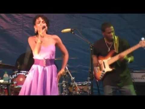 Goapele performs