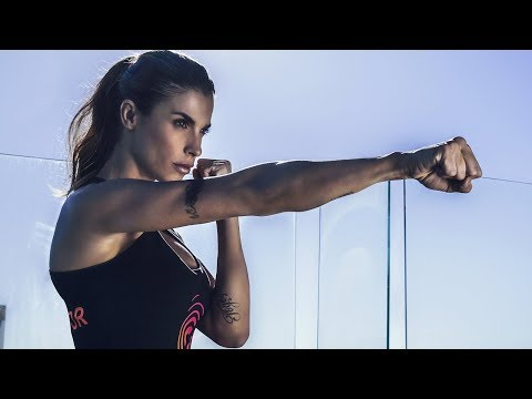 Workout vip: come si tiene in forma Elisabetta Canalis
