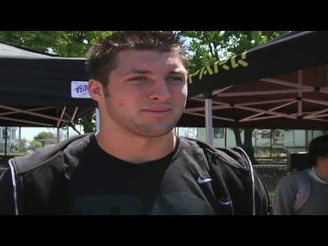 Tim Tebow Trains for the NFL