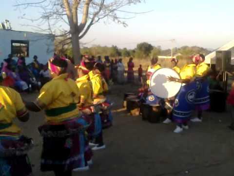 NYANYUKA MANGULWANI TRADITIONAL DANCE