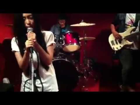 แสงสุดท้าย - Panita Sugar eyes & 4Share live in MC Corner