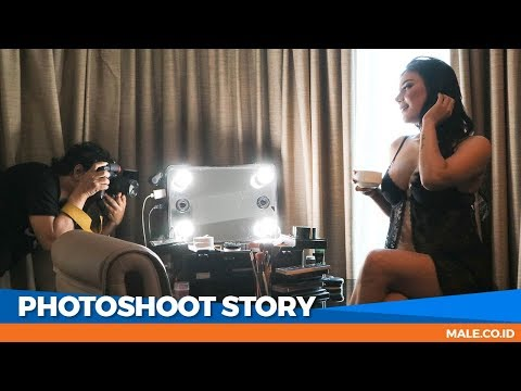 Canda Seksi di Behind the Scenes Photoshoot Model EVELYN - Male Indonesia thumbnail
