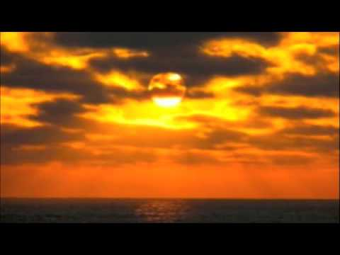 Cafe Del Mar Volume XVI, Dancing With The Sun (Clelia Felix)