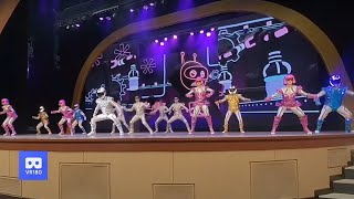 3D 180VR 4K Robot Dancing Musical Show Russian Dancing team Theme Park 360VR