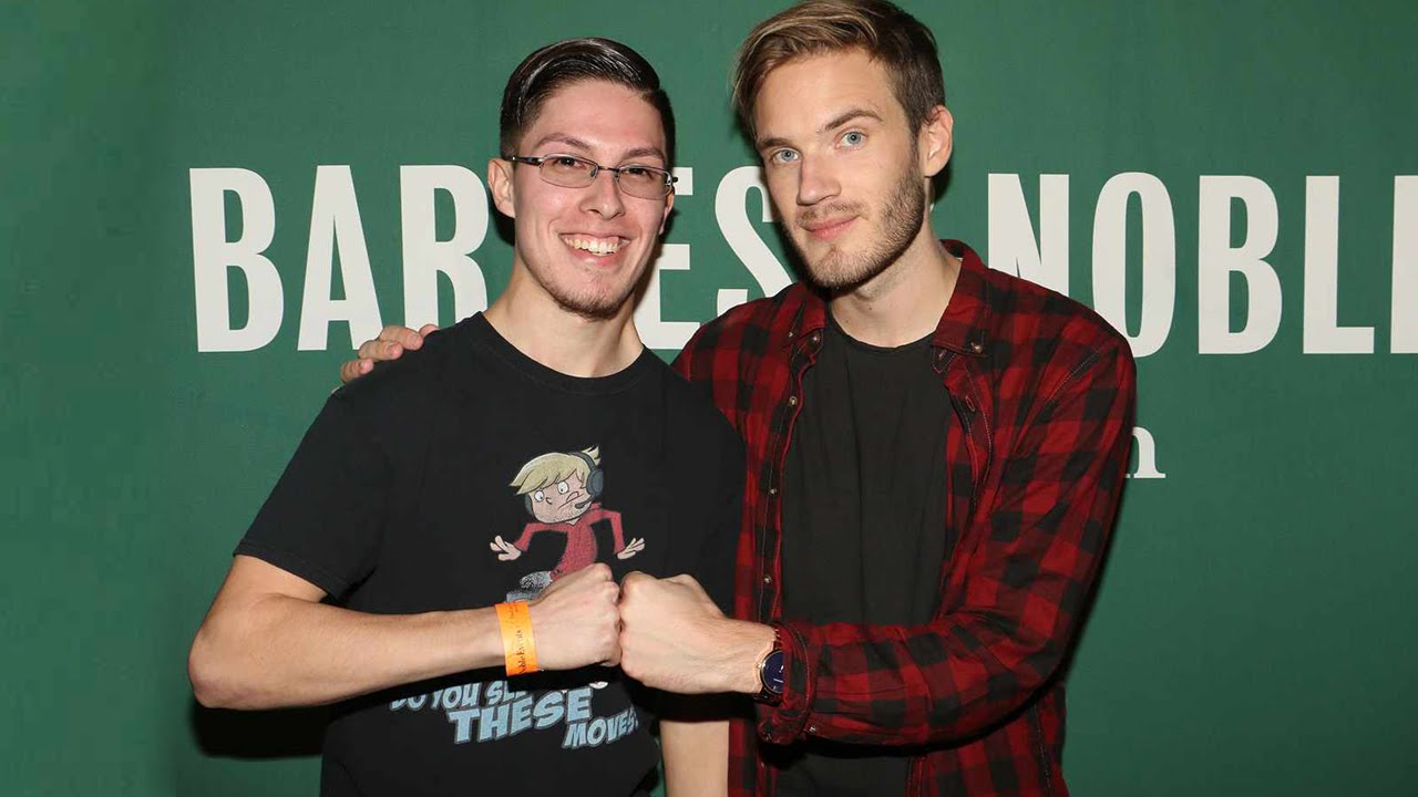 I met pewdiepie this book loves you nyc book tour youtube i met pewdiepie this book loves you nyc book tour m4hsunfo