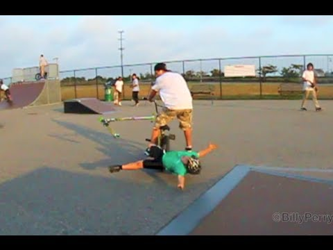 Bmx vs skateboarding fights